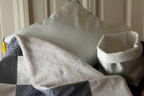 Couverture garçon doublée doudou gris
