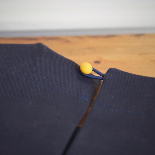 Détail robe uniforme